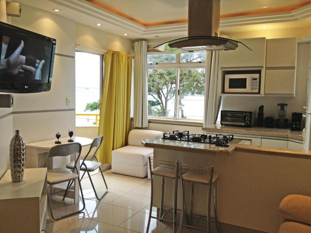 Una cocina o zona de cocina en ILHAS CANARIAS APTO 101