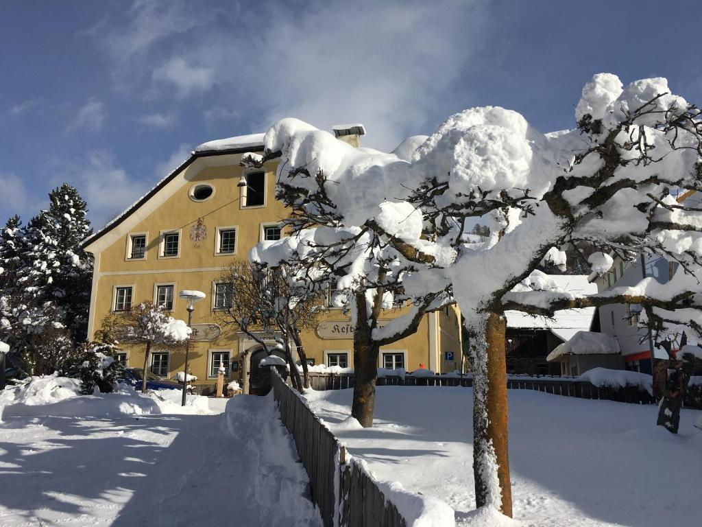 Gasthof Post during the winter