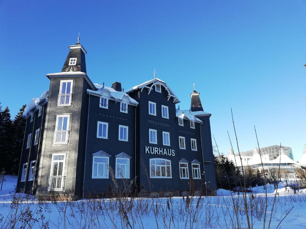 Kurhaus Masserberg im Winter