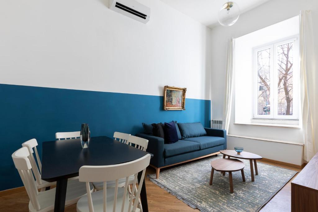 A seating area at Sonder — Prati Apartment