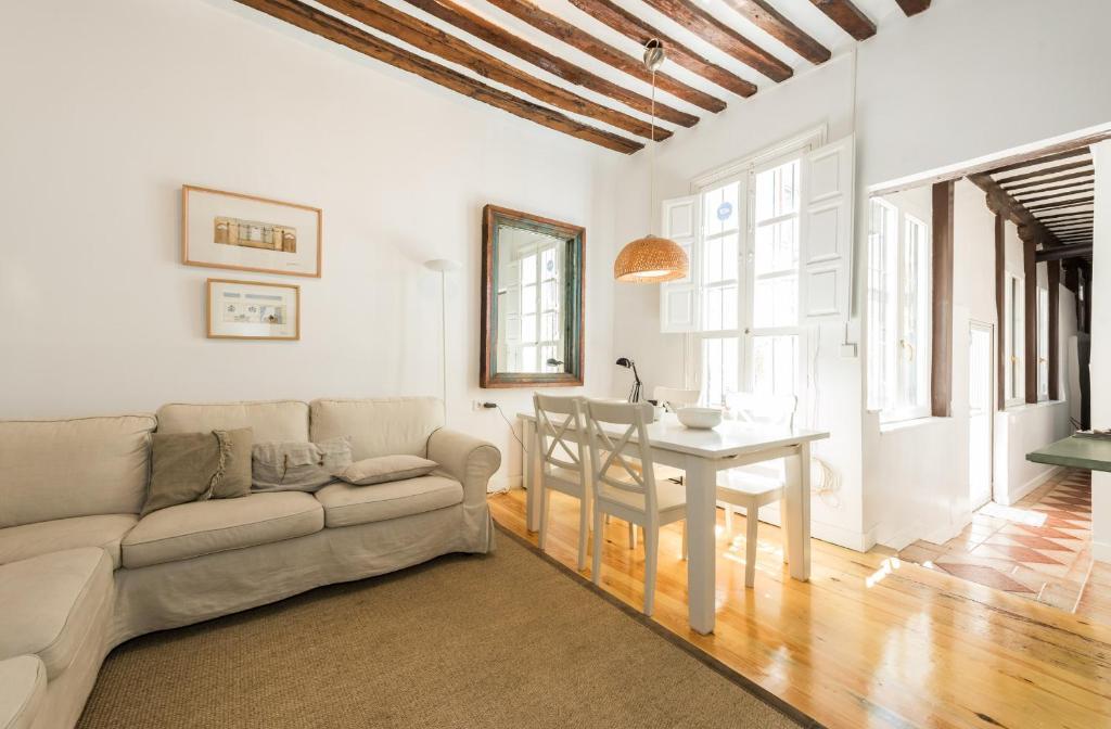 Ein Sitzbereich in der Unterkunft Apartamento La Buena Guarda
