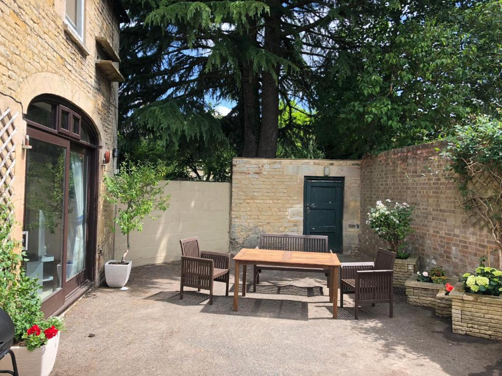 Vacation Home The Coach House Stamford Uk Bookingcom