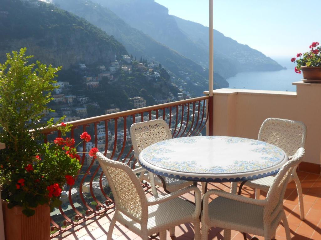 Apartment Casa Le Terrazze Positano Italy Booking Com