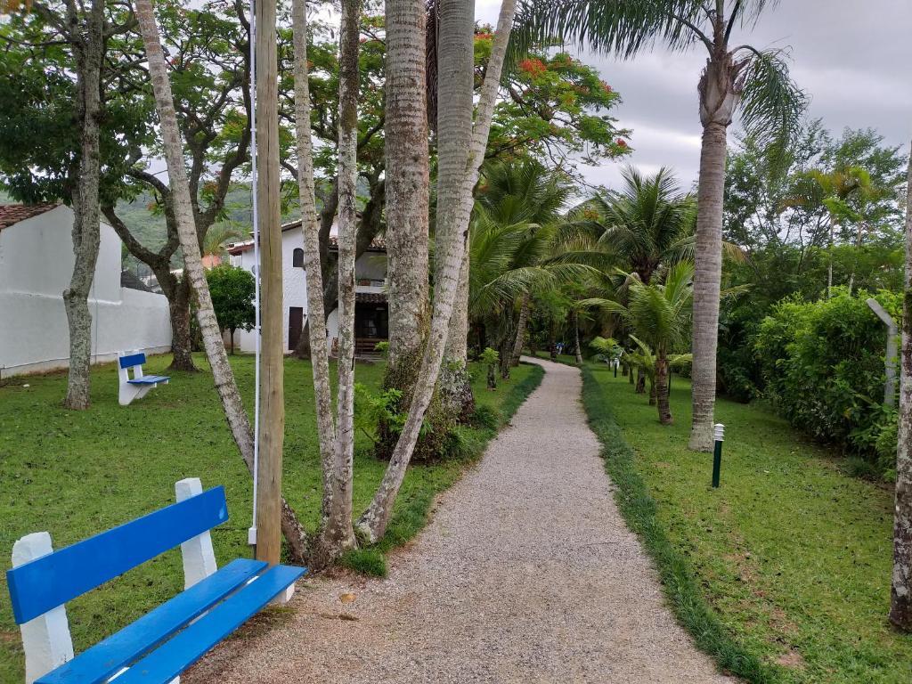 Jardín al aire libre en CONDOMÍNIO HOTEL RESORT PRAIAS BRANCAS SC.
