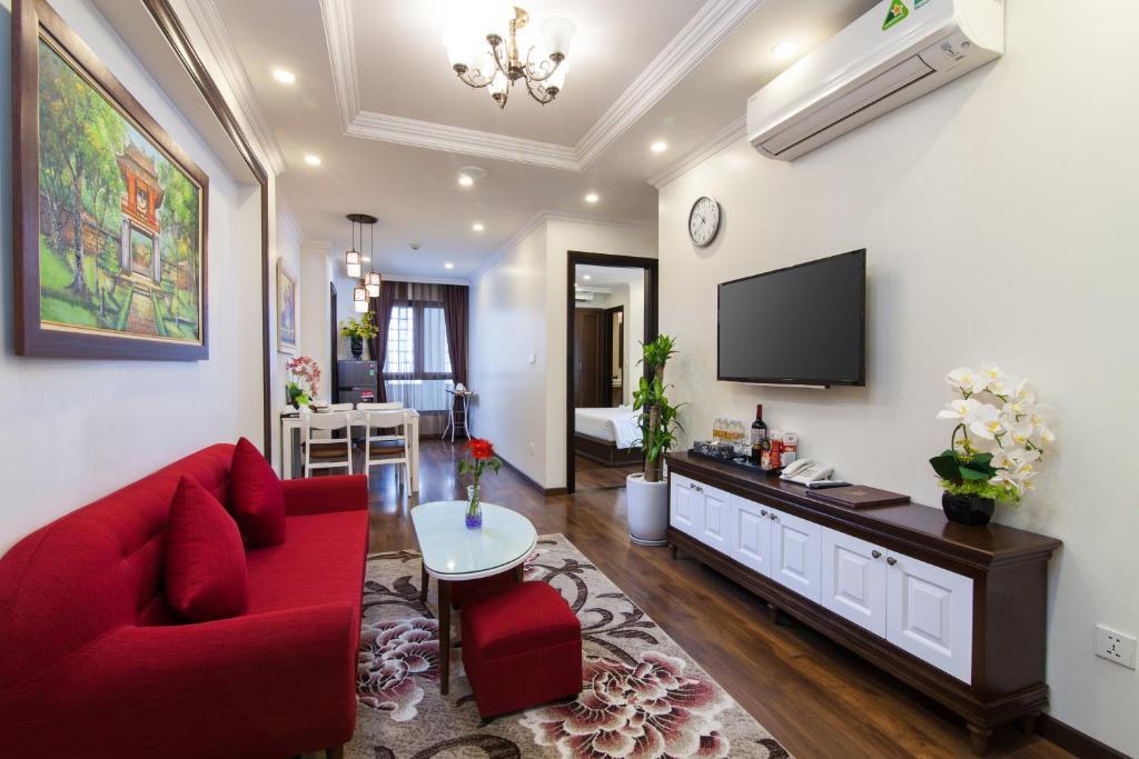Suite Grand Thông Nhau Qua Cửa Nối Và Nhìn Ra Quang Cảnh Thành Phố