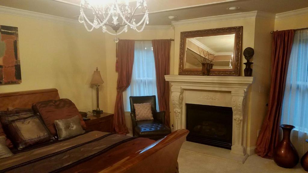 Atlanta Luxury Vacation Home Rental Ga Booking Com