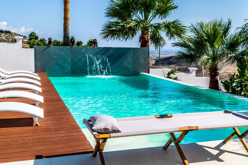 Piscina di Diodorus Luxury Experience o nelle vicinanze