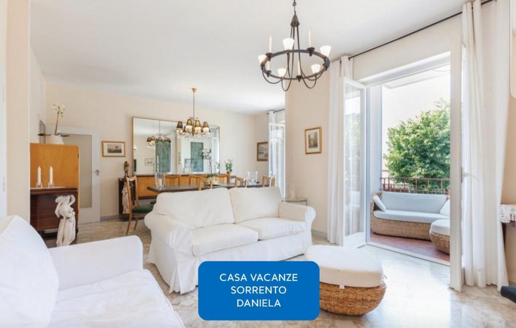 Casa Vacanze Sorrento Daniela, Piano di Sorrento – Prezzi ...