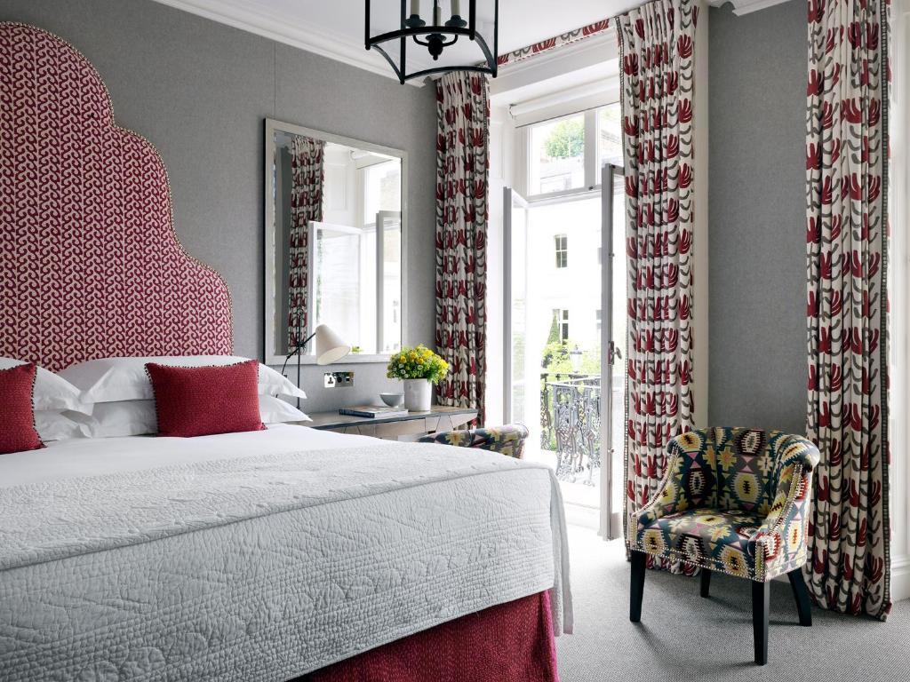 Ένα ή περισσότερα κρεβάτια σε δωμάτιο στο Number Sixteen, Firmdale Hotels