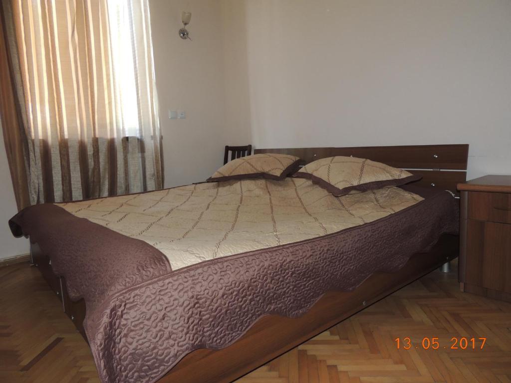 Galavnis Kari Hotel