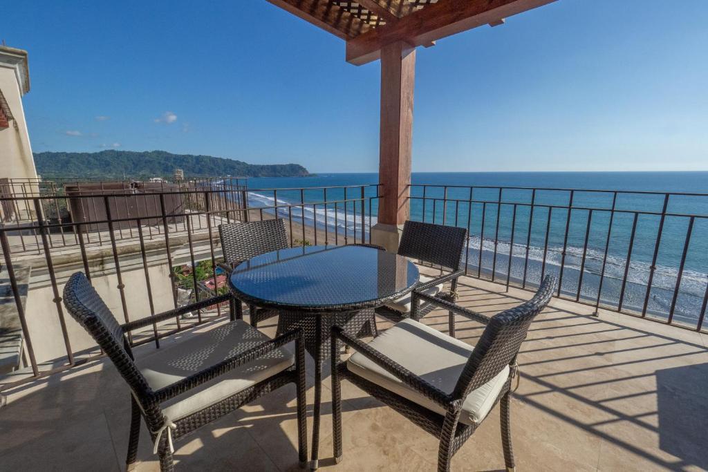 A balcony or terrace at CRP Crocs Resort