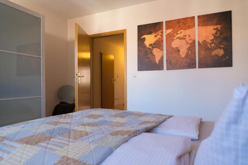 A bed or beds in a room at Apartement Große Brüdergasse