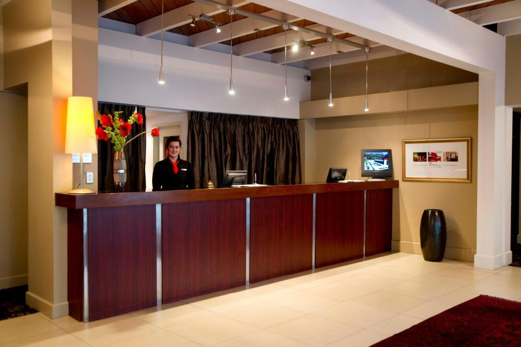 The lobby or reception area at The Ashley Hotel Greymouth