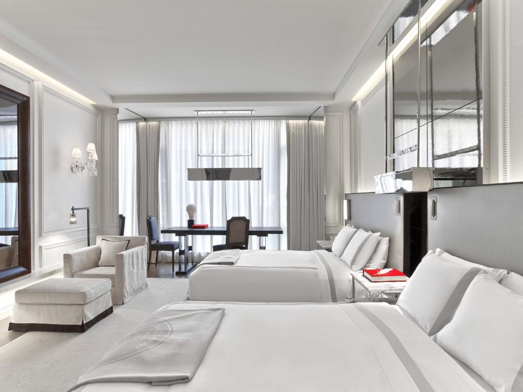 Baccarat Hotel and Residences New Y (USA New York) - Booking.com