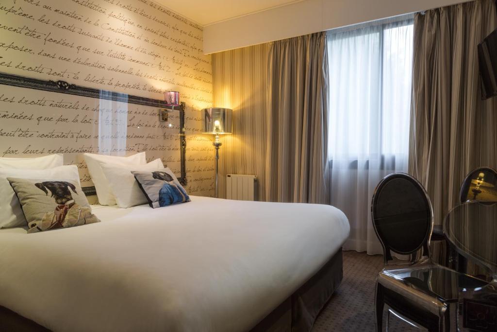 Hotel Rueil La Defense Rueil Malmaison France Booking Com