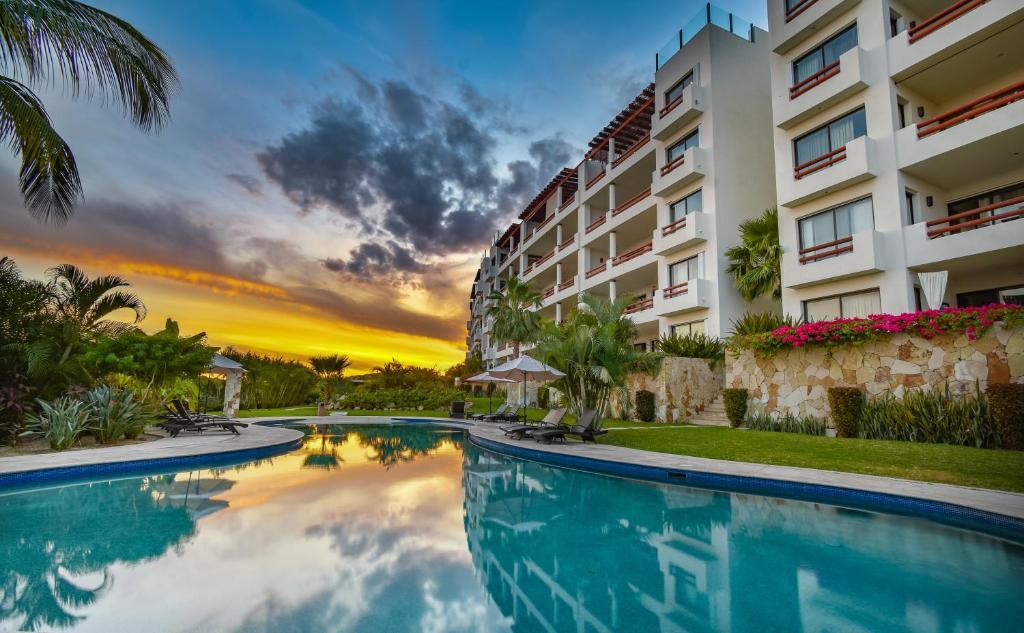 Piscina en o cerca de Alegranza Luxury Resort - All Master Suite
