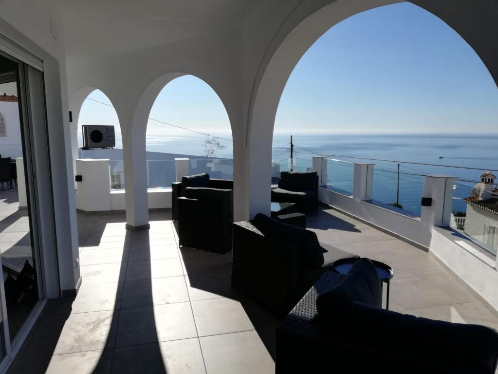 Villa Los Avis Almunecar Spain Booking Com