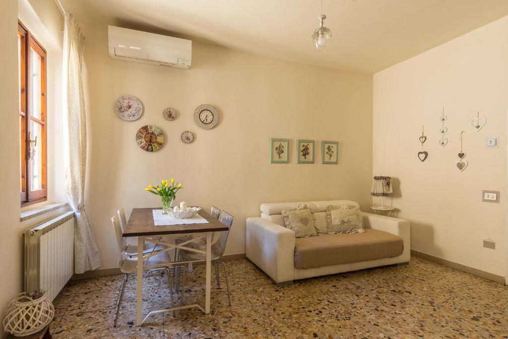 Ferienwohnung Casa Laura (Italien Florenz) - Booking.com