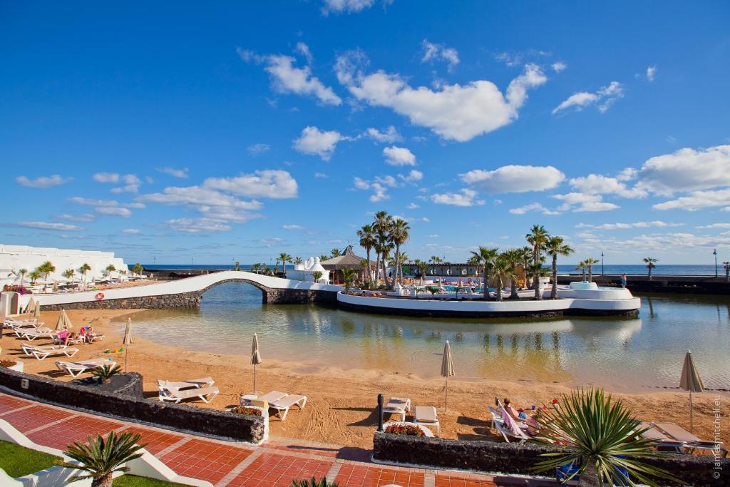 Sands Beach Resort (Spanje Costa Teguise) - Booking.com