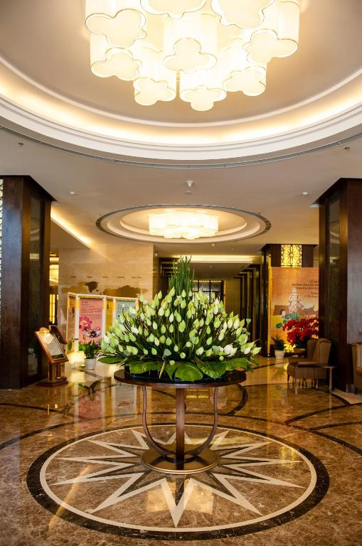 Muong Thanh Luxury Song Lam Hotel