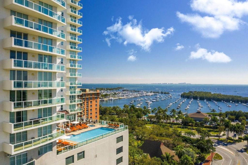 Miami Hotels Near Bayfront