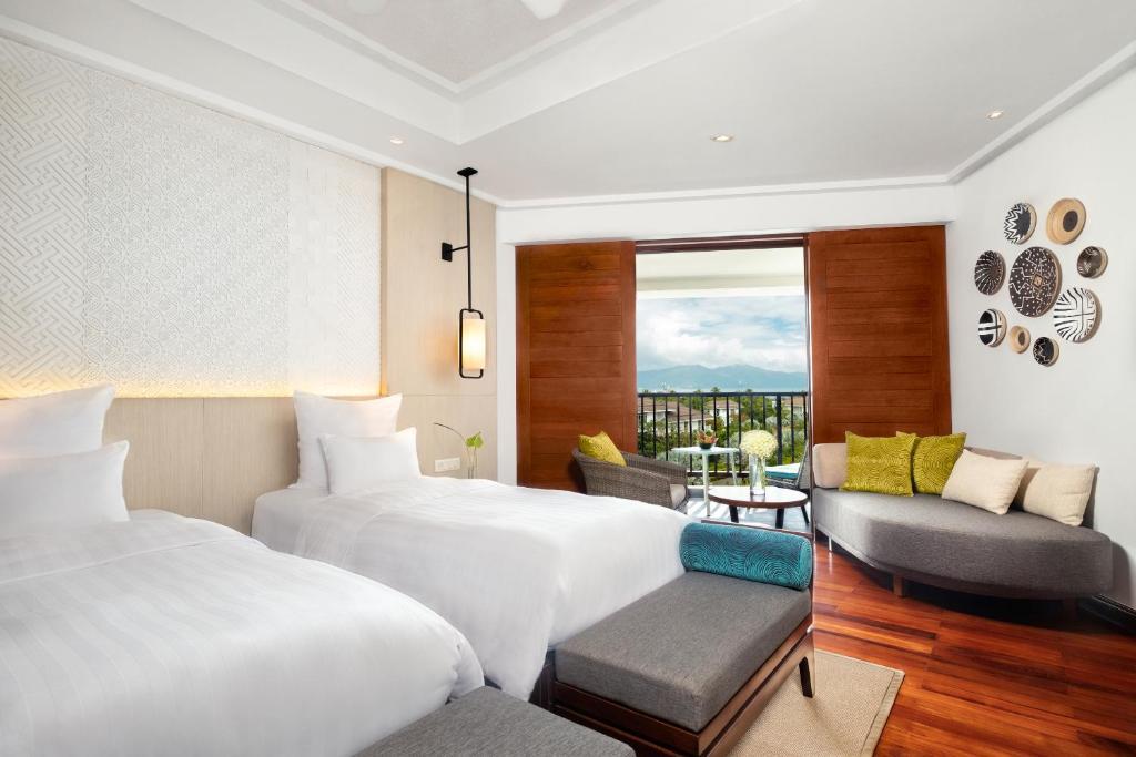 Phòng Deluxe 2 Giường Đơn Có Tầm Nhìn Ra Vịnh và Ban Công