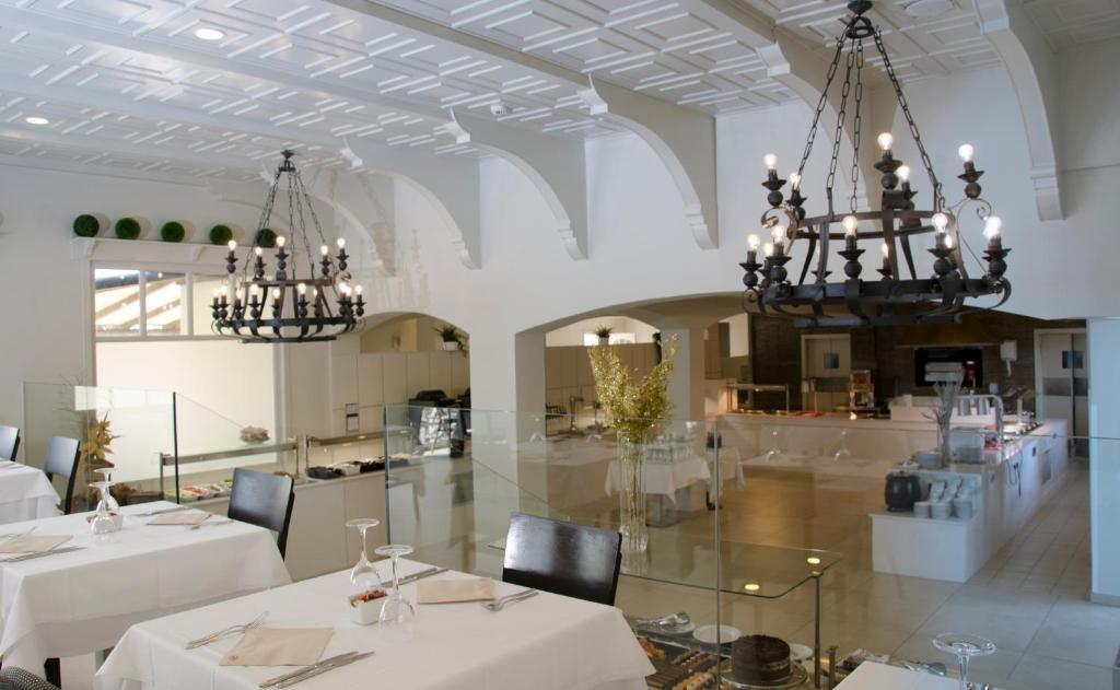 Ereza Dorado Suites