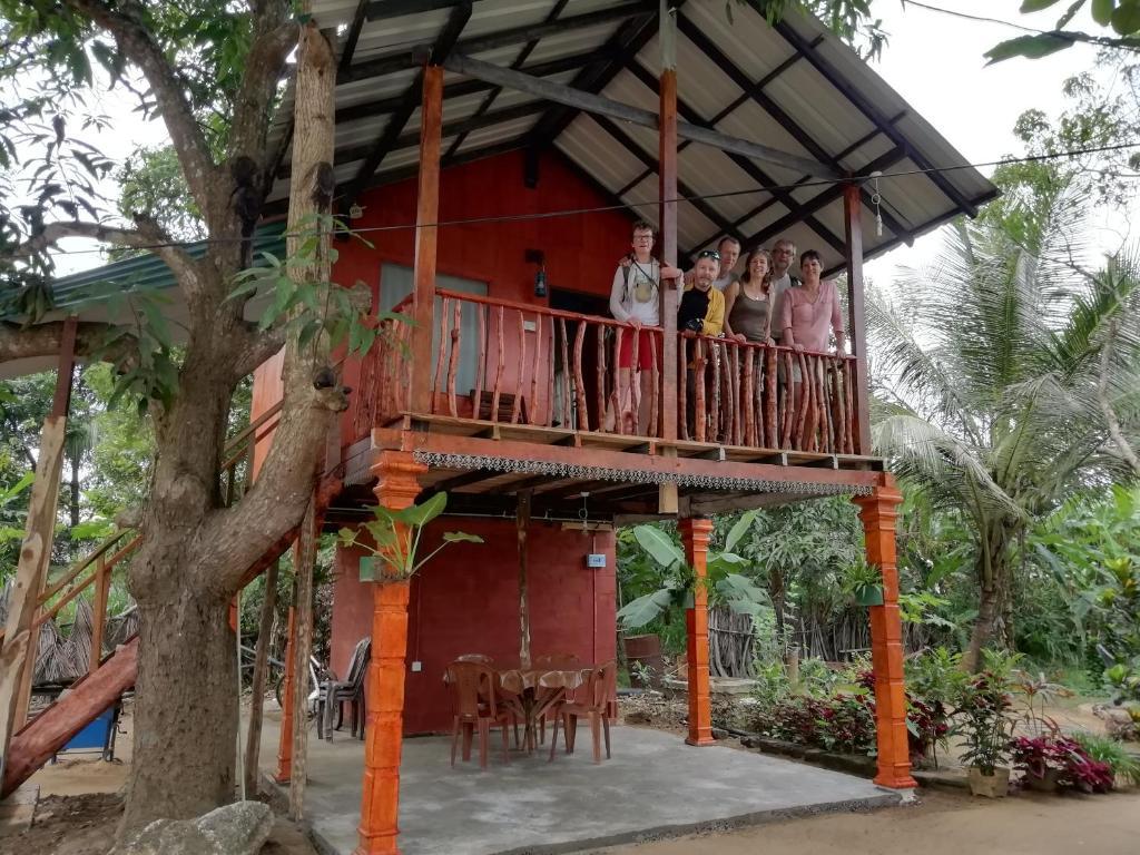 Bed And Breakfast Sigiri Sky Home Tree House Sigiriya