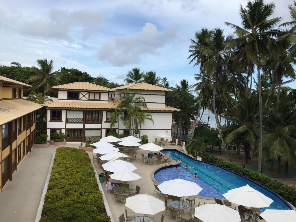 Výhled na bazén z ubytování Enseada Praia do Forte nebo okolí