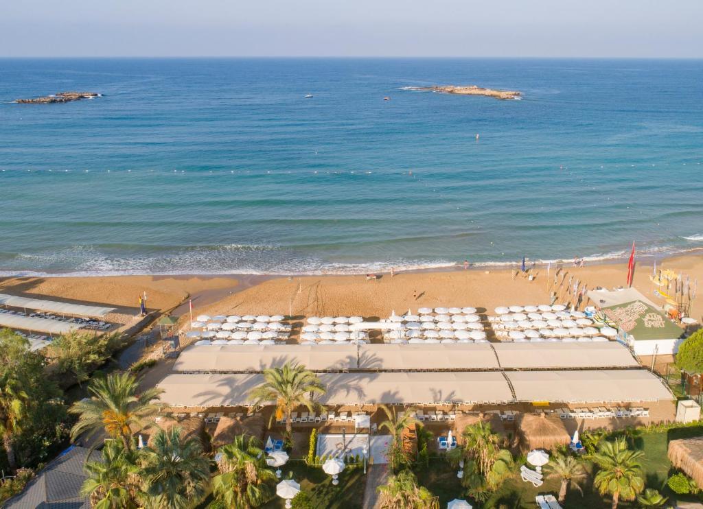 Annabella Diamond Hotel - Ultra All Inclusive с высоты птичьего полета