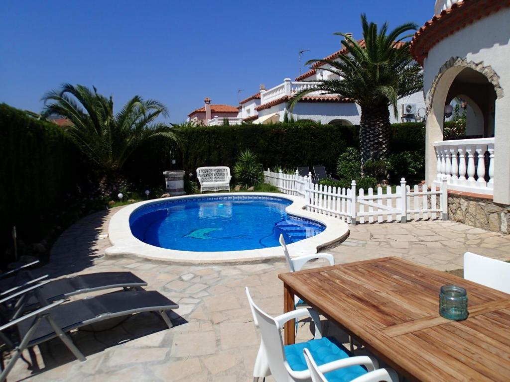 Villa El Sol Miami Platja Spain