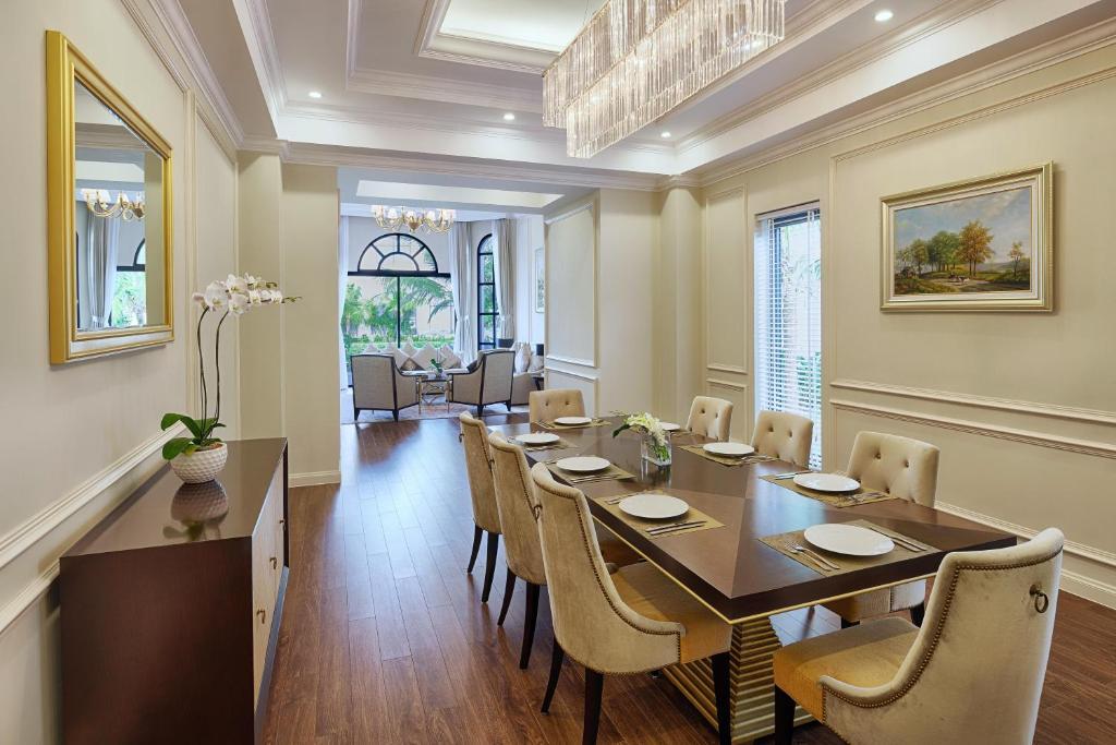 Biệt Thự 3 Phòng Ngủ - Vé Vào Công Viên VinWonders & Safari