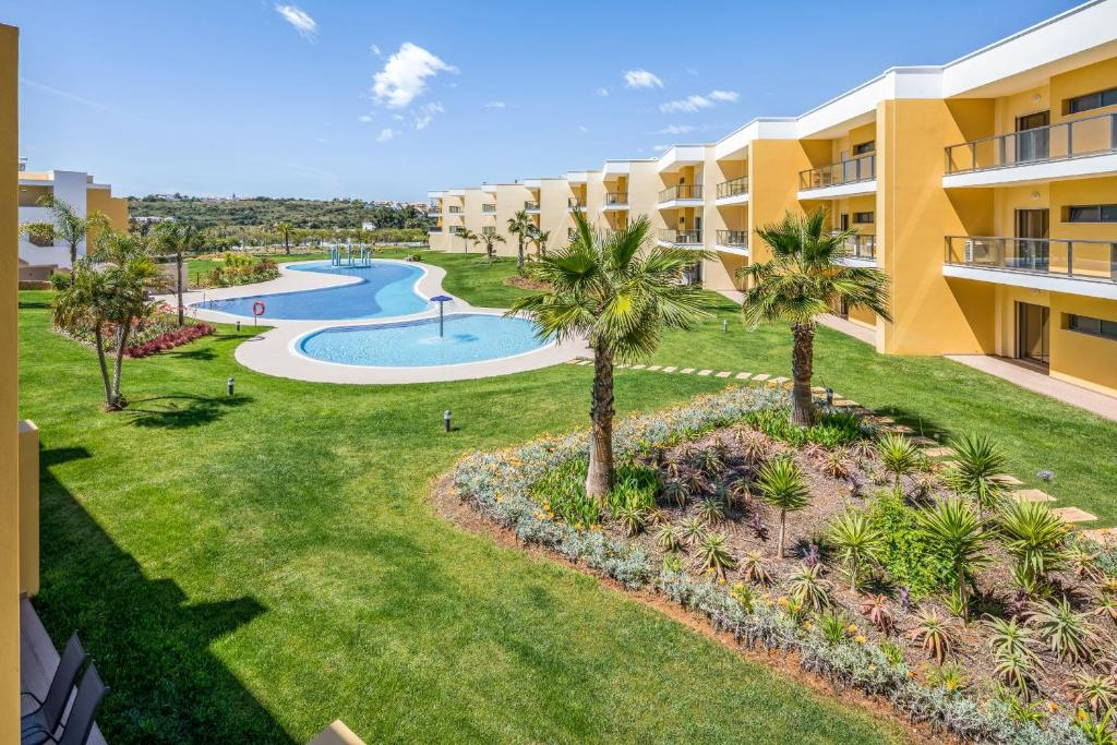 A view of the pool at Apartamento Apolline - Marina de Albufeira or nearby