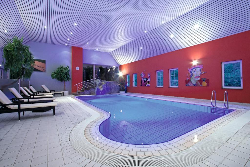 The swimming pool at or near Hotel International