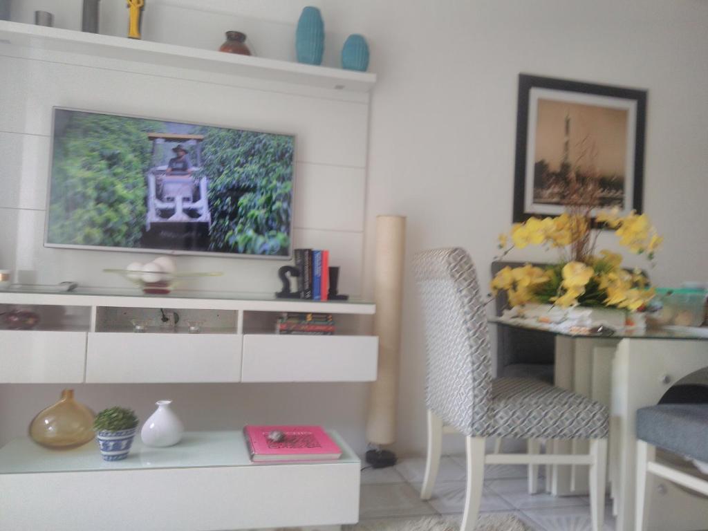 A kitchen or kitchenette at Casa da mesa