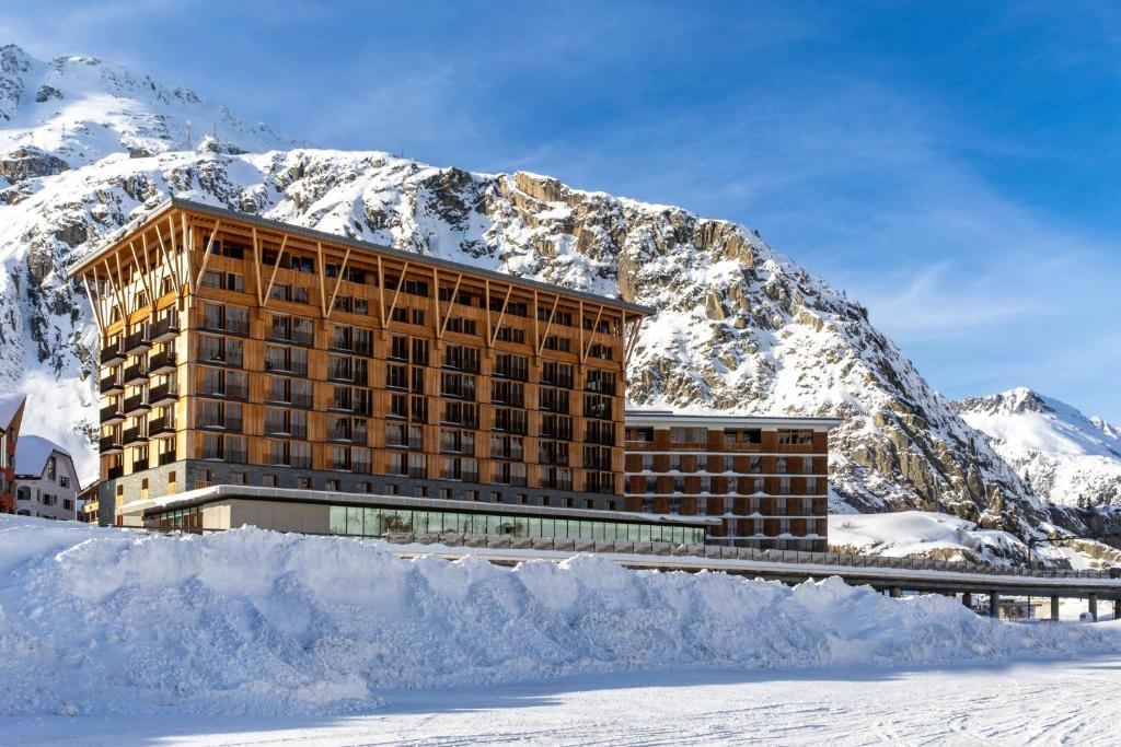 Radisson Blu Hotel Reussen, Andermatt during the winter