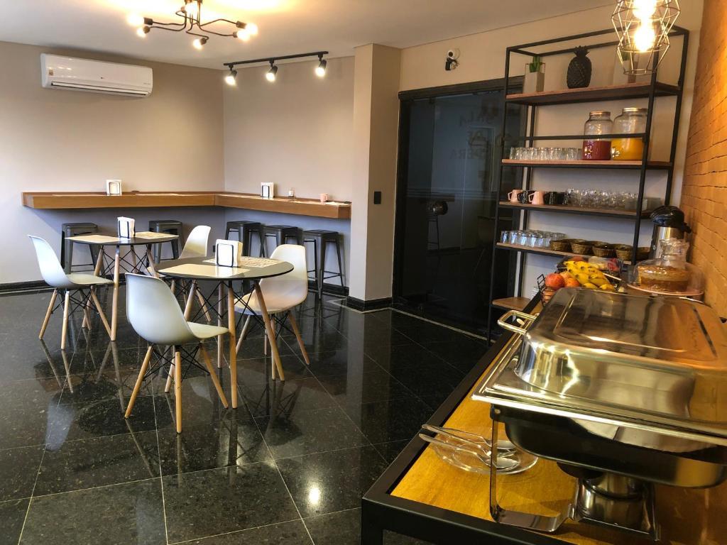 A cozinha ou cozinha compacta de Hotel Diamante