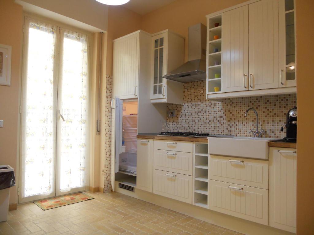 Case Con Terrazzo Roma grande casa con terrazzo, roma – prezzi aggiornati per il 2020