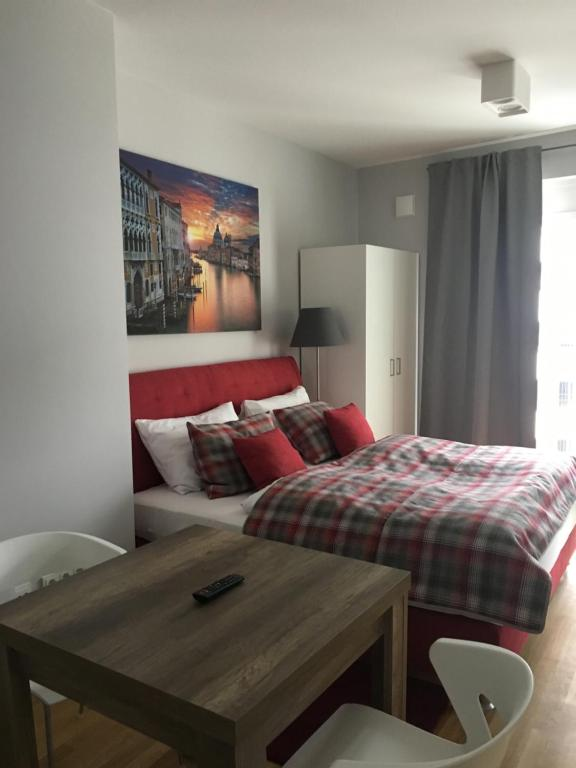 Premium Apartment Munchen Messe Munich Germany Booking Com