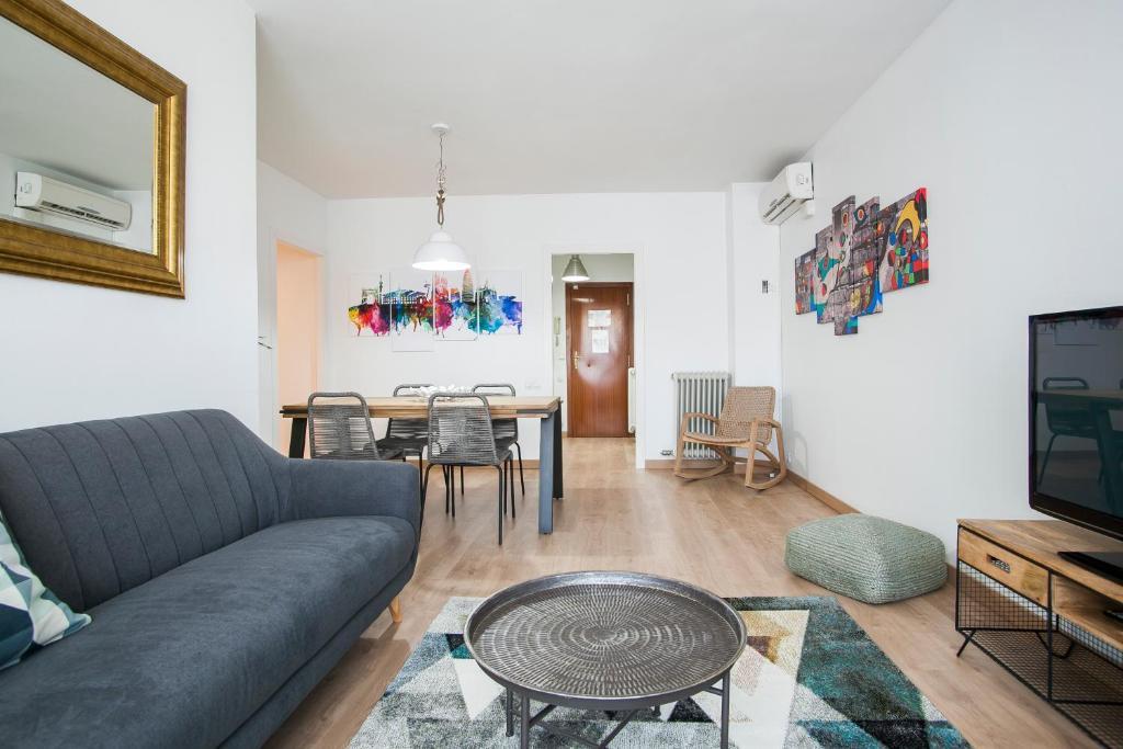 Ein Sitzbereich in der Unterkunft Tendency Apartments 6