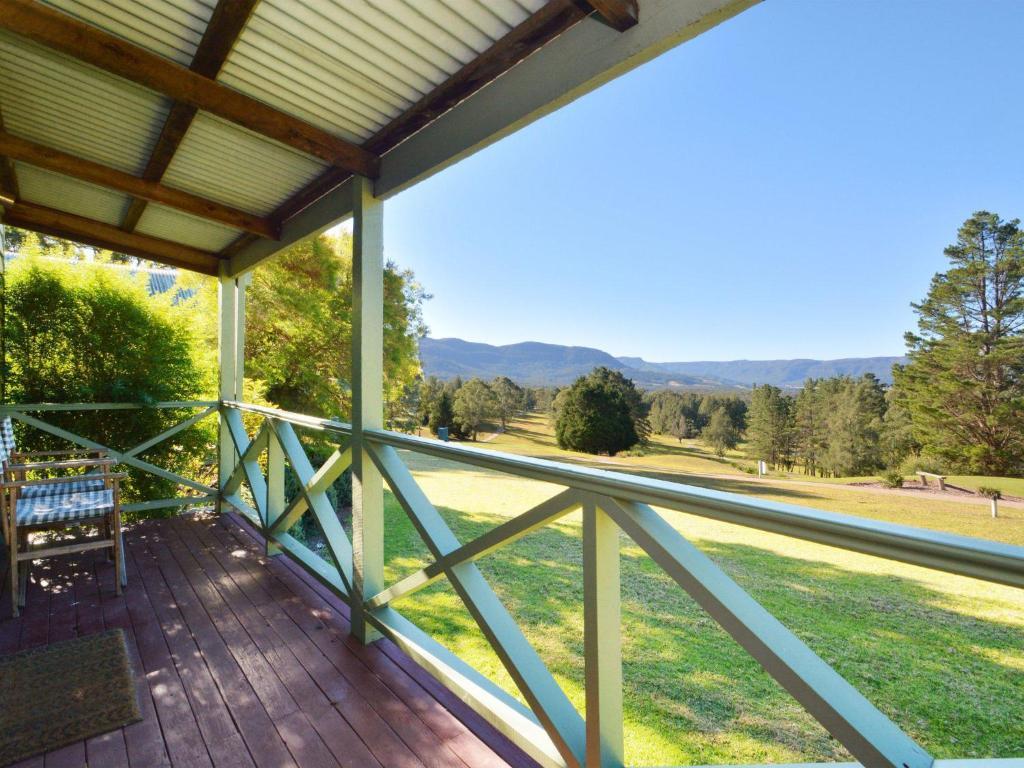A balcony or terrace at Cabin 27 @ Kangaroo Valley Resort & Golf Club
