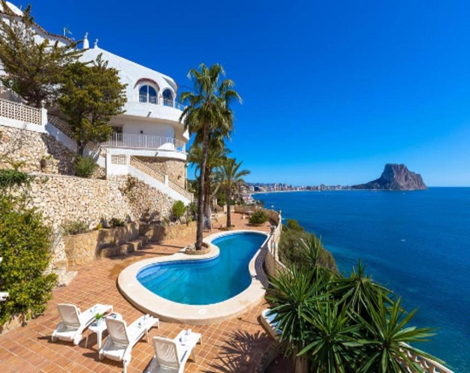 Villas Guzman - Primera Linea (España Calpe) - Booking.com