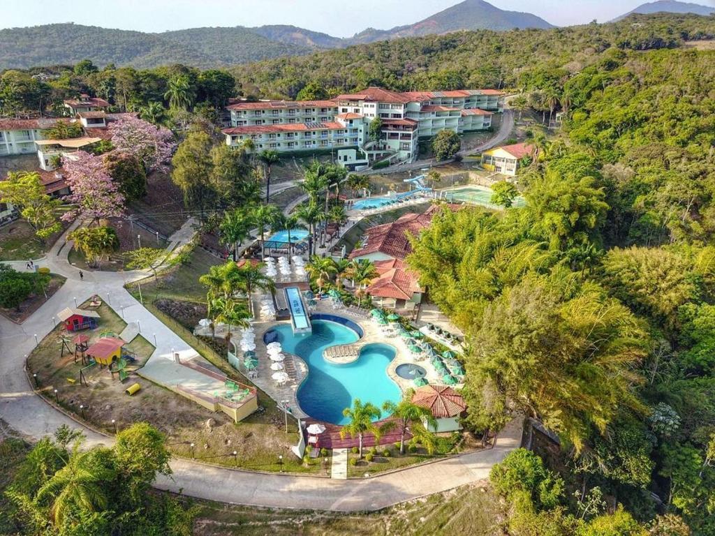Uma vista aérea de Tauá Hotel & Convention Caeté