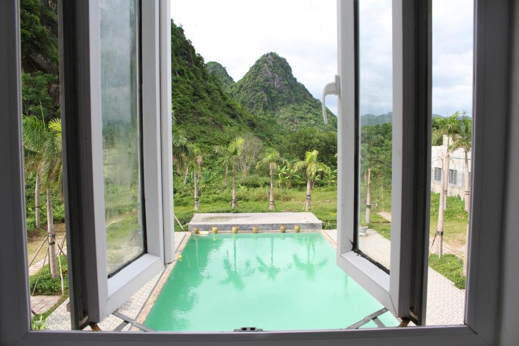 Phòng Giường Đôi Nhìn ra Hồ bơi