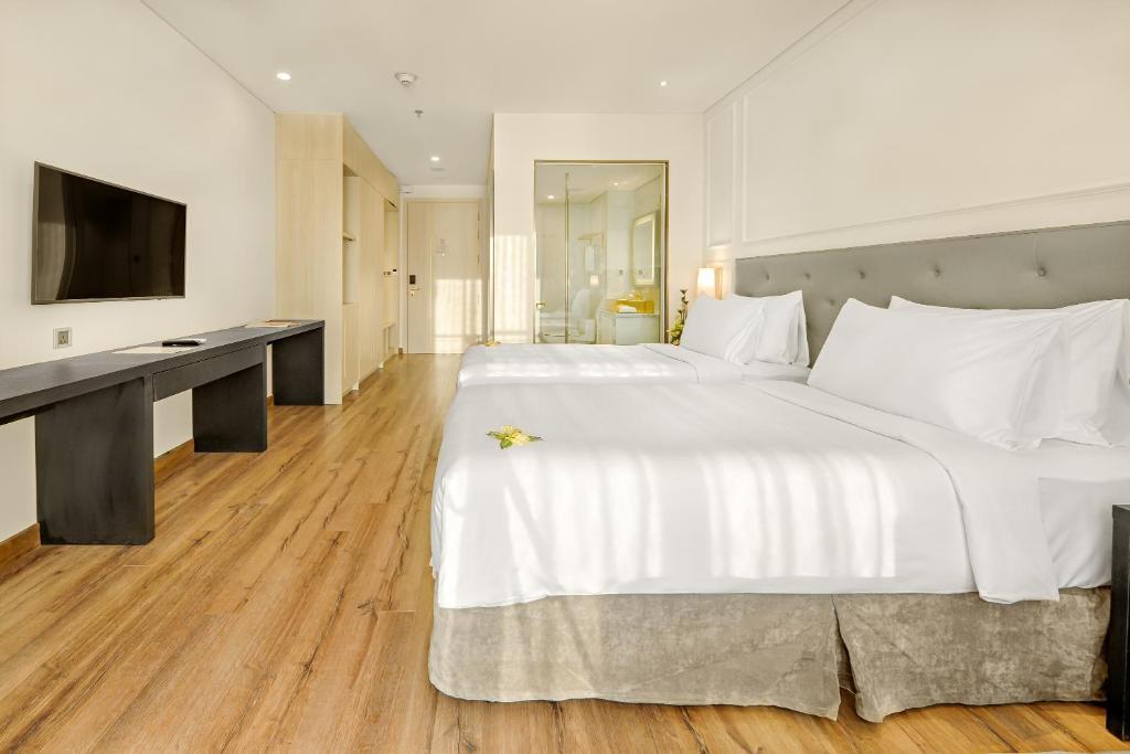 Phòng Executive 2 Giường Đơn Với Ban Công Và Tầm Nhìn Ra Vịnh