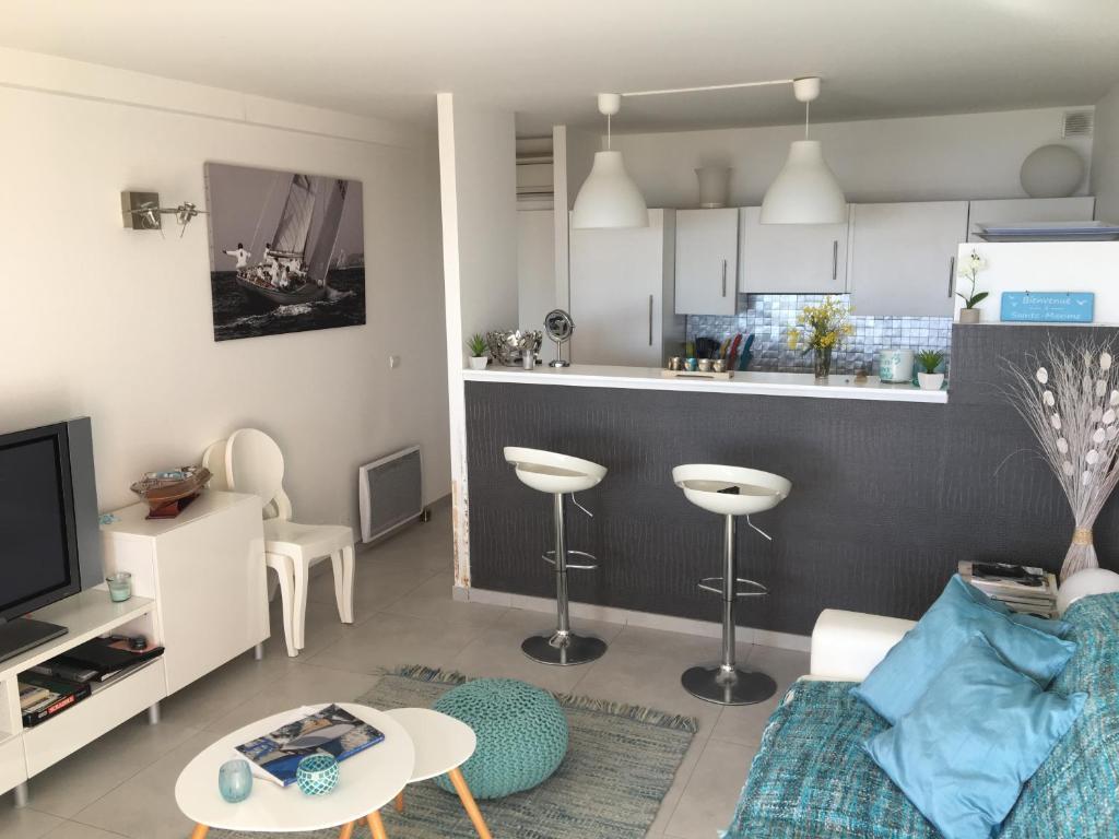 Appartement 1 Chambre Vue Mer Au Clos De La Madrague سانت