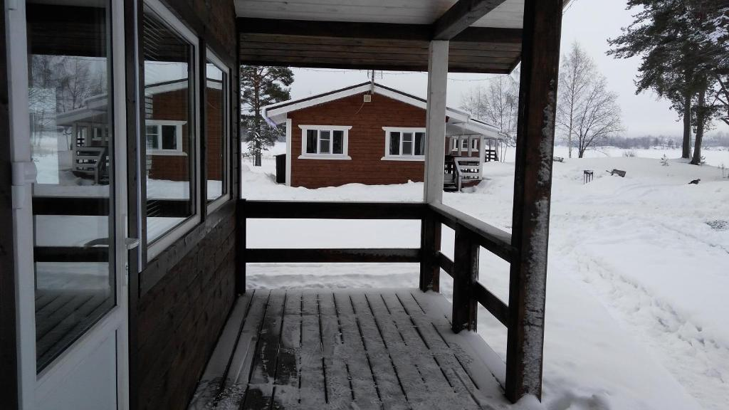 Guest House Belye Rosy during the winter