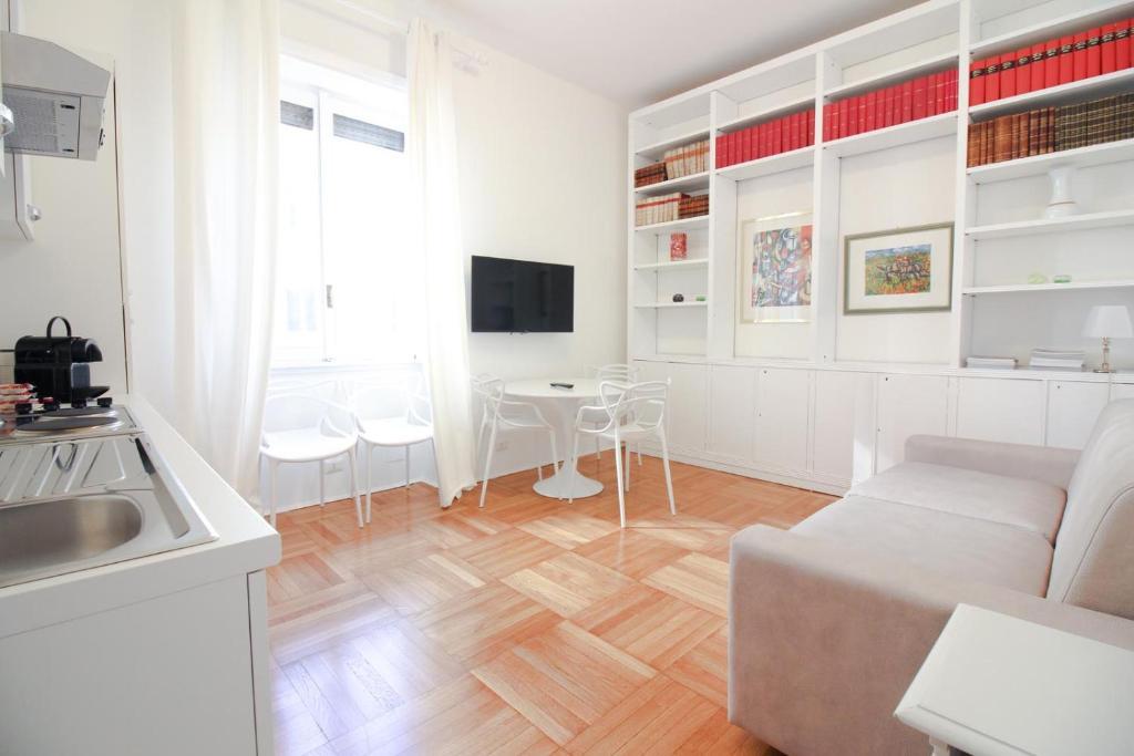 Duomo Charme Apartment Milano Prezzi Aggiornati Per Il