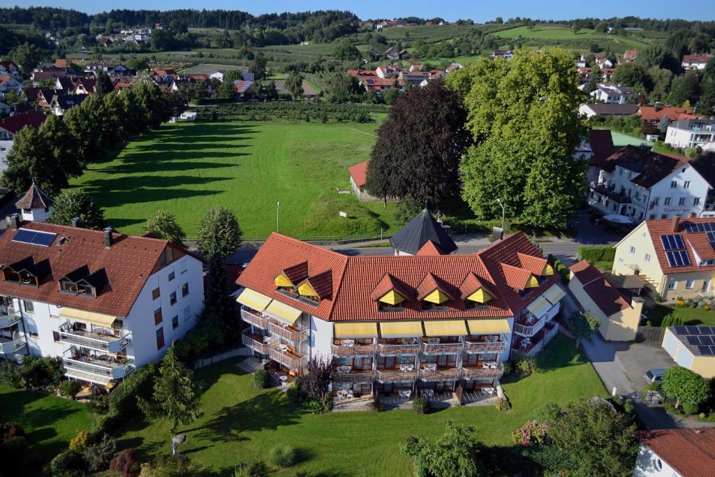 Blick auf Hotel Garni Reulein aus der Vogelperspektive