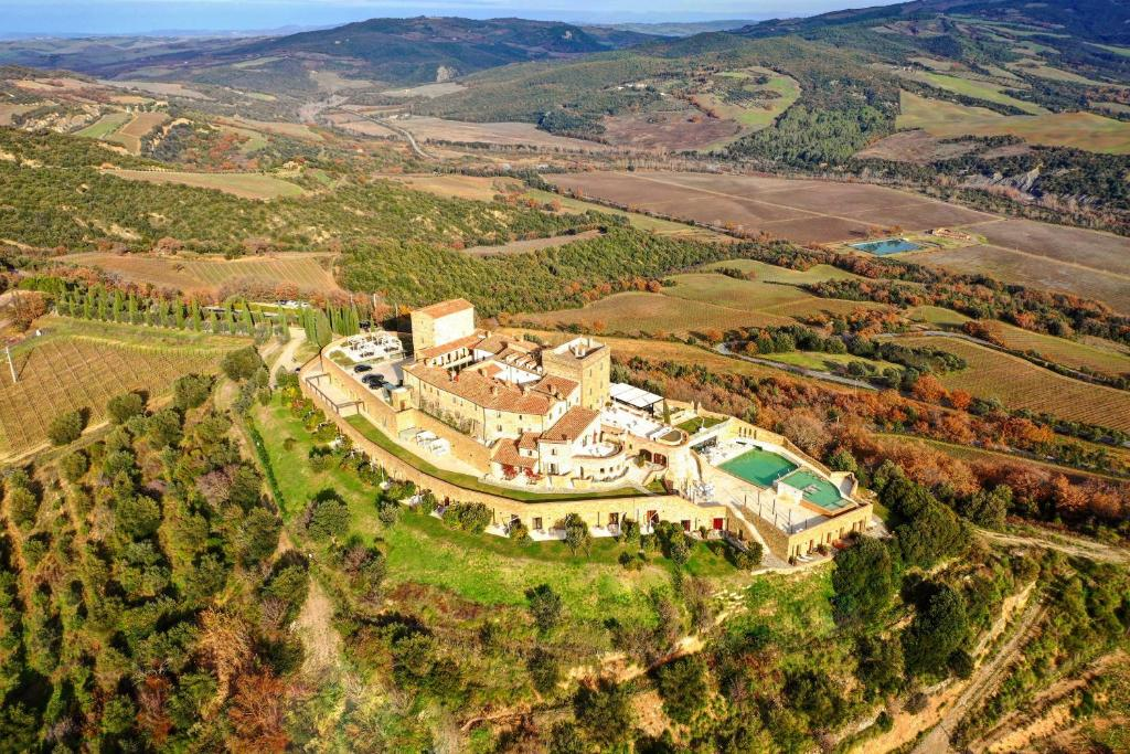 A bird's-eye view of Castello di Velona - The Leading Hotels of the World
